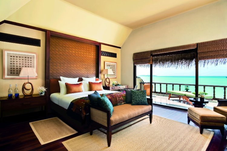 Bedroom -Two Bedroom Beach Suite With Spa & Pool 25 of 29