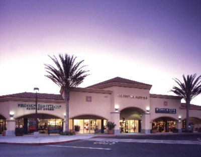 Camarillo Premium Outlets 7 of 16