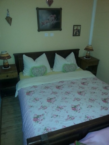 Double Bed 10 of 25