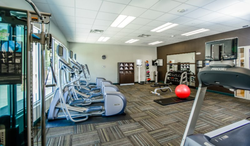 Fitness Center 15 of 19