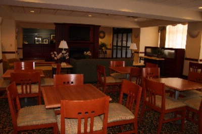 Lobby And Breakfast Seating 13 of 14
