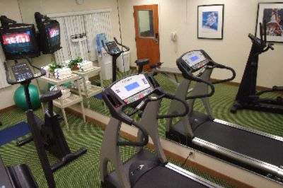 Fitness Room 5 of 14