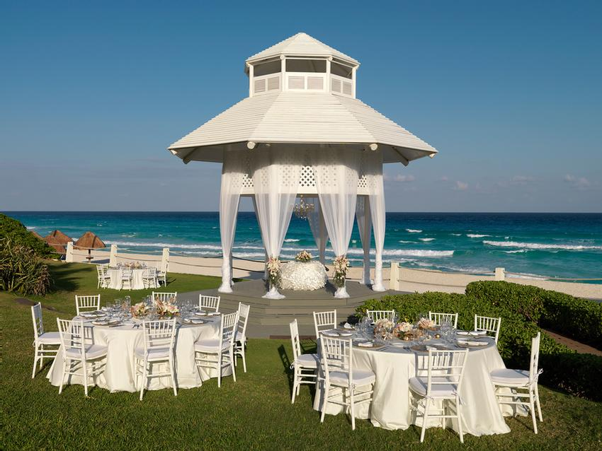 Wedding Gazebo 13 of 31