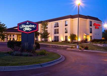 Hampton Inn Milwaukee Airport 1 of 9