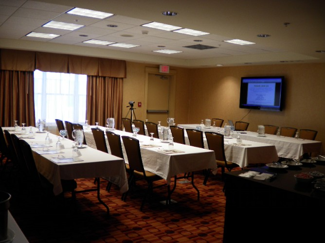 Our Champlain Meeting Room Is 720sq Ft Comfortably Accommodates 28 9 of 10