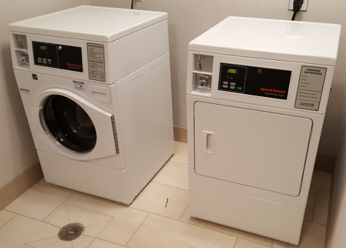 Laundry Room 7 of 9