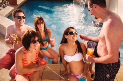 Gather Friends And Enjoy Drinks Poolside 23 of 31