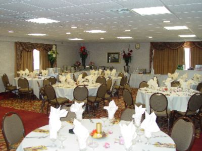Banquet Room 6 of 11