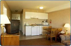 Kitchenette Suite 8 of 11