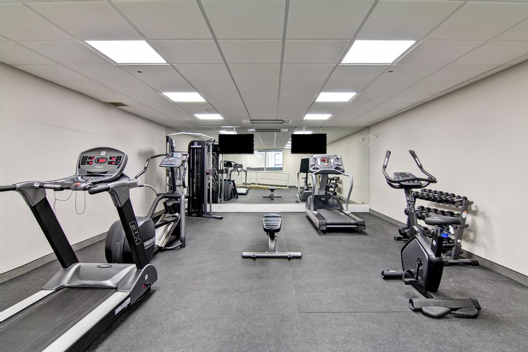 Fitness Centre 6 of 7