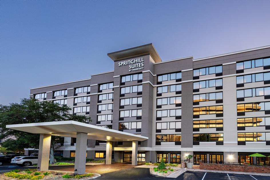 Springhill Suites by Marriott Houston Nrg Park 1 of 11