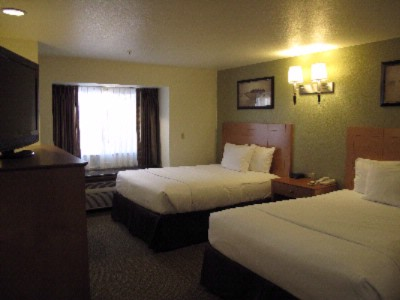 La Quinta Inn & Suites Tulare 1 of 15