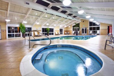 Holiday Inn Gulfport 24 Hour Indoor Heated Swimming Pool 10 of 20