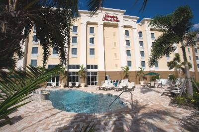 Image of Hampton Inn & Suites Fort Myers Colonial Boulevard