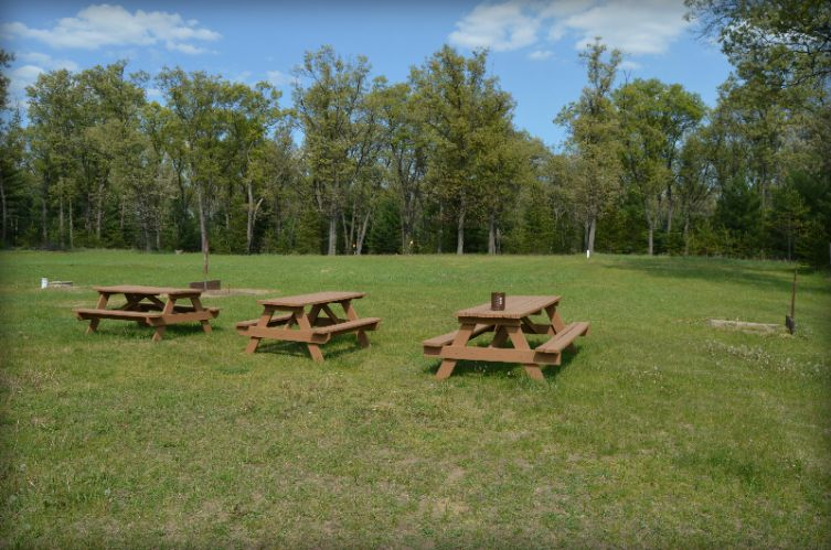 Picnic Area 23 of 25