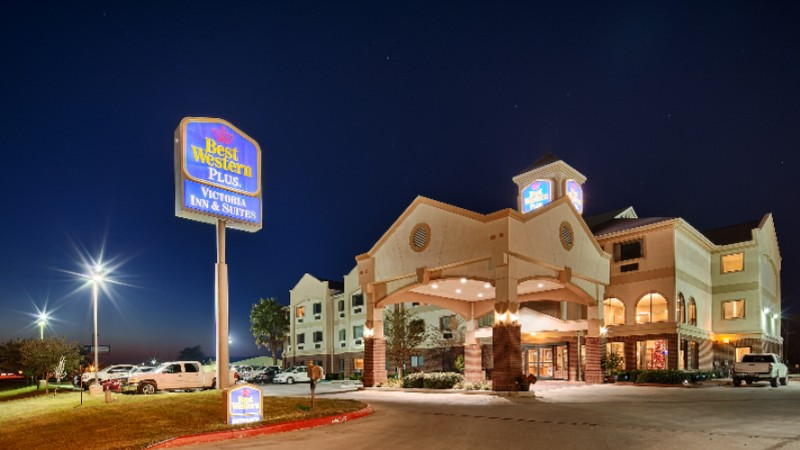 Best Western Plus Victoria Inn & Suites 1 of 6