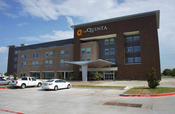 La Quinta Inn & Suites Plano Legacy 1 of 16