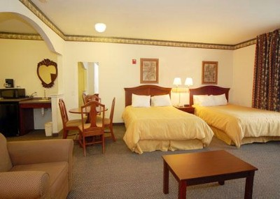Every Room Is A Suite With Two Queen Beds Or One King Bed! 6 of 8
