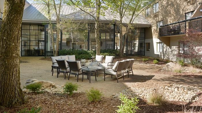 Newly Landscaped Courtyard With Fire Pit 20 of 24