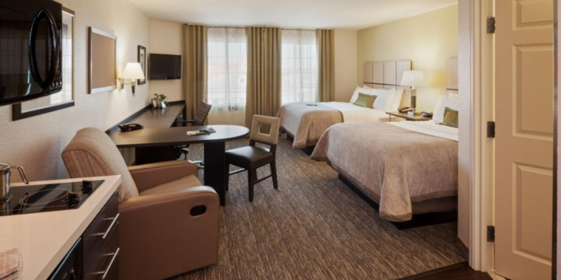 All Of Our Comfortable Suites Are Newly Renovated And Beautifully Appointed With Their Furnishings. 4 of 15