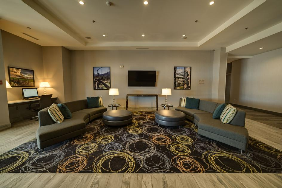 Candlewood Lobby 5 of 29