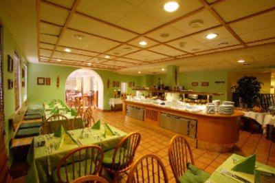 Green Hall Of The Restaurant 13 of 14