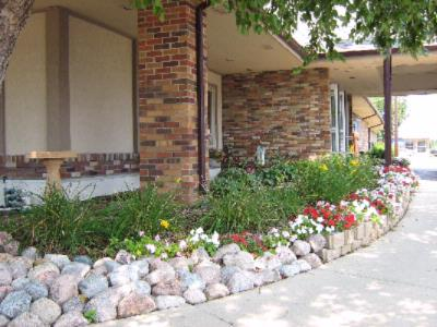 Mature Landscaping In Quiet Area With No Through Traffic 15 of 25
