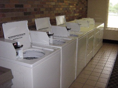 Onsite Coin Operated Laundry Faciliteis 23 of 25