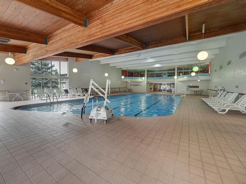 Largest Hotel Indoor Pool In Champaign-Urbana 4 of 25