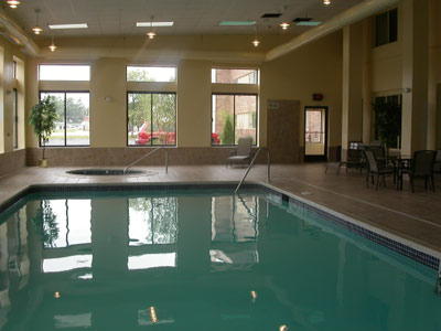 Indoor Pool & Whirlpool 3 of 7