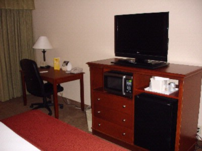 Rooms With Flat Screen Tvs Microwaves And Refridgerators 5 of 17