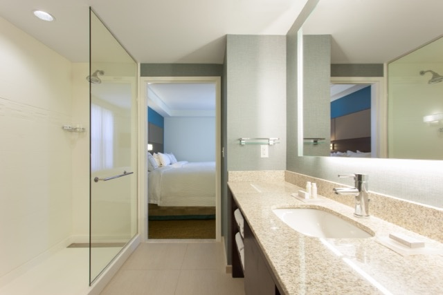 Plenty Of Space When Sharing A Bathroom For A Long Time 20 of 20