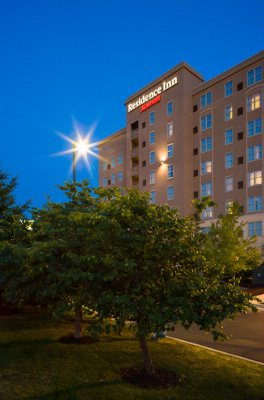 Conveniently Located At The Corner Of Highway 40/64 And Jefferson Avenue The Residence Inn St. Louis Downtown Is Just Minutes Away From Many Of St. Louis\' Major Businesses Attractions And Restaurants. 2 of 2