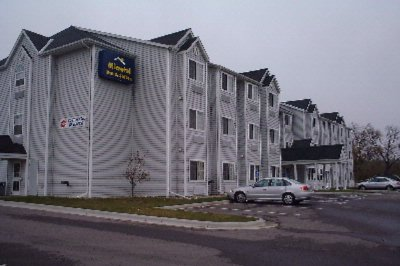 Microtel Inn & Suites by Wyndham New Ulm 1 of 8