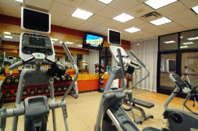 Fitness Room 4 of 6