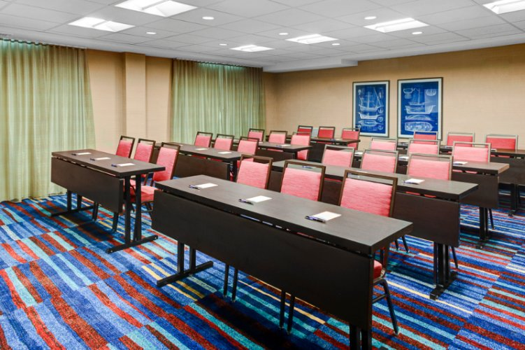 Konover Meeting Room 16 of 16