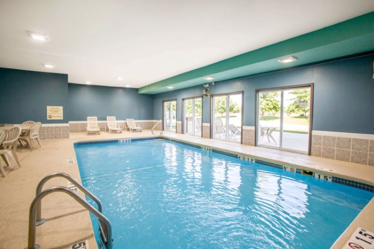 Indoor Heated Pool & Patio 5 of 13