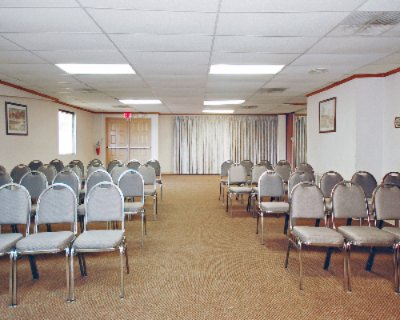 Banquet/meeting Room 4 of 13