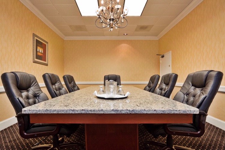 Need A Quick Meeting For At Least 8 Try Our Board Room. 7 of 9