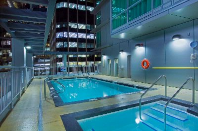 Coast Coal Harbour Hotel -Outdoor Heated Pool & Whirlpool 10 of 13
