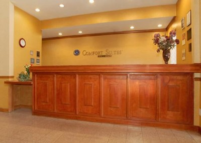 Front Desk 7 of 10