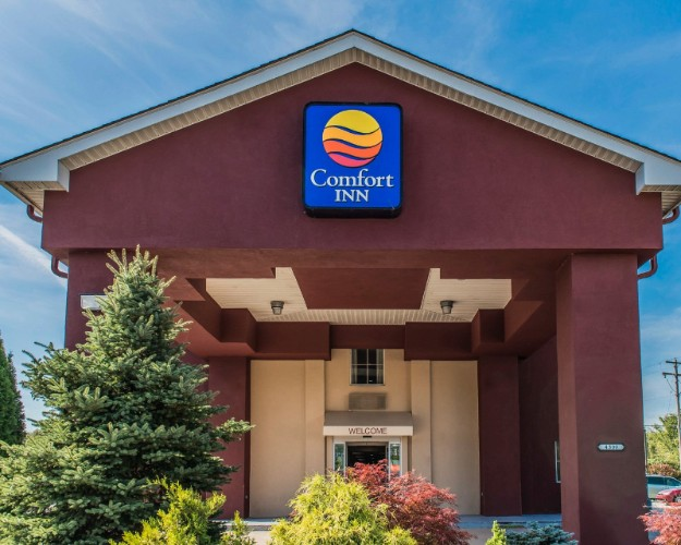 Comfort Inn Belle Vernon 1 of 15