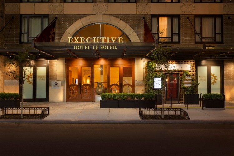 Executive Hotel Le Soleil Ny 1 of 10