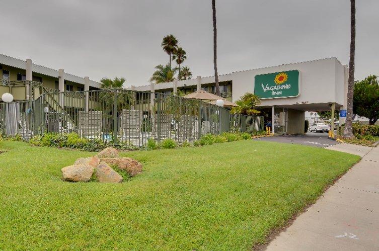 Vagabond Inn Point Loma 1325 Scott St. San Diego CA 92106