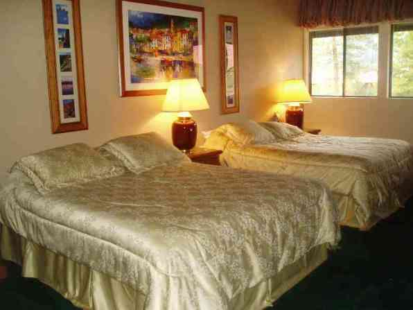 Colorado Room - sleeps 4 6 of 10