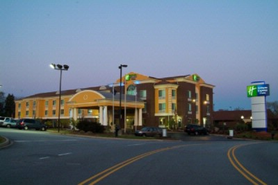 Welcome To The Holiday Inn Express & Suites Anderson & Clemson S.c. Area 4 of 13