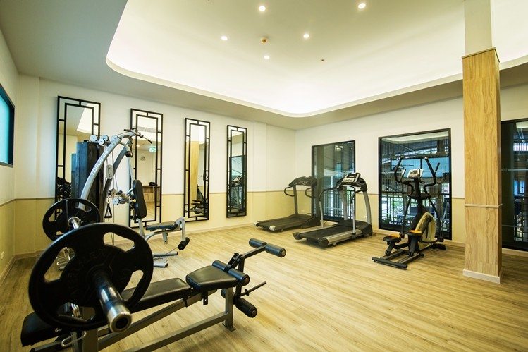 Fitness Room 19 of 27