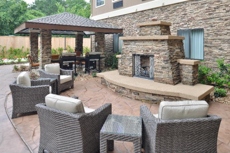Outdoor Fireplace & Grills 10 of 13