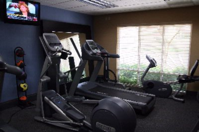 Onsite Fitness Center With Free Weights 8 of 9