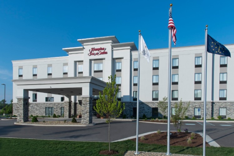 Hampton Inn & Suites Michigan City 1 of 30